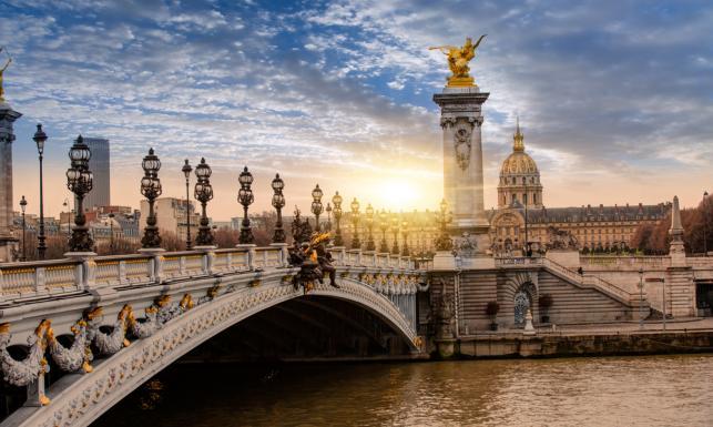 Paryż idzie na wojnę z Airbnb.