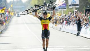 Zwycięstwo Gilberta, pech Sagana, Polacy daleko