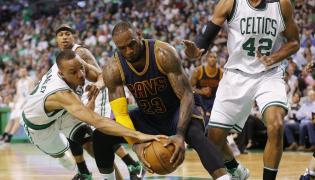 LeBron James, Boston Celtics Avery Bradley i Al Horford