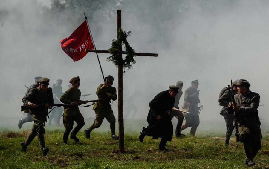Rekonstrukcja Bitwy Warszawskiej zwanej Cudem nad Wisłą. Ossów, 2014 rok
