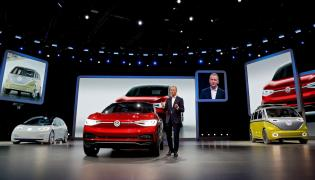 Najpóźniej do 2030 roku koncern Volkswagen dokona elektryfikacji całej oferty swoich modeli. Oznacza to, że najpóźniej wtedy, każdy z 300 modeli produkowanych przez koncern będzie miał co najmniej jedną wersję z napędem elektrycznym - dotyczy to każdej marki koncernu, na każdym rynku