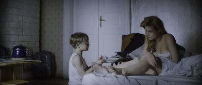 """Kadr z filmu """"Syn królowej śniegu"""""""