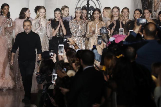 Pokaz kolekcji Elie Saab haute couture wiosna/lato 2018