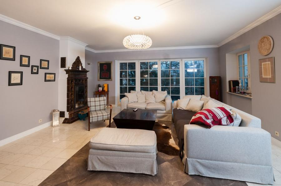 Wnętrze do poprawki: domy gwiazd / dom Odety Moro