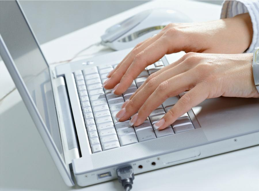 Blogerzy przepytają Tuska o internet