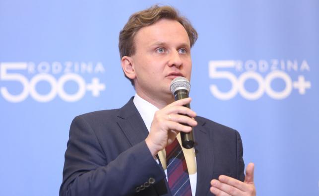 Podsekretarz stanu w MRPiPS Bartosz Marczuk