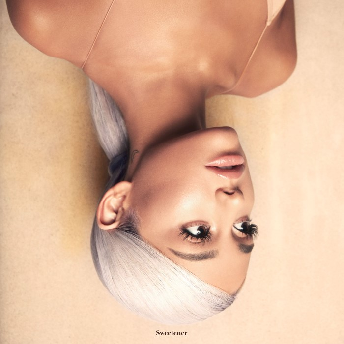 Okładka czwartej płyty Ariany Grande
