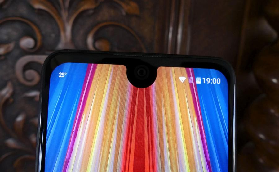 Wiko View 2 Pro - notch