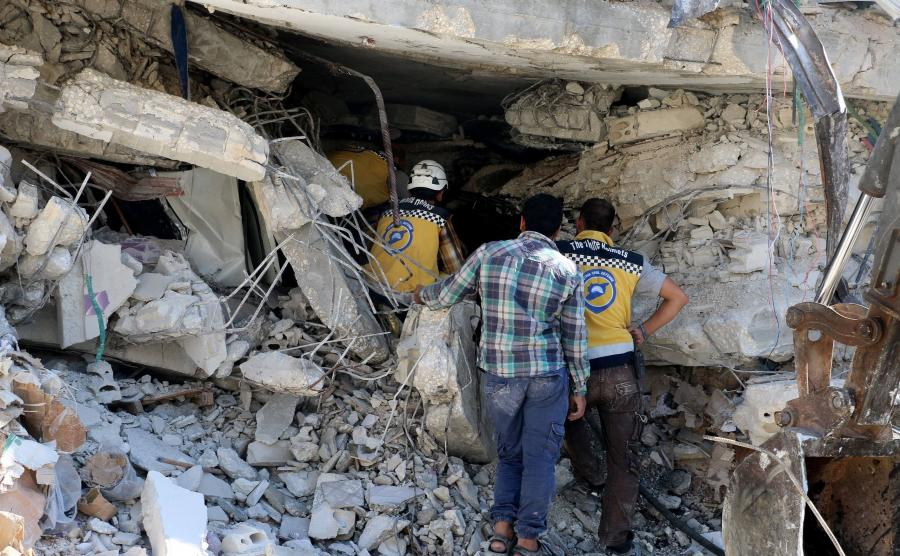 Zawalony budynek w Syrii