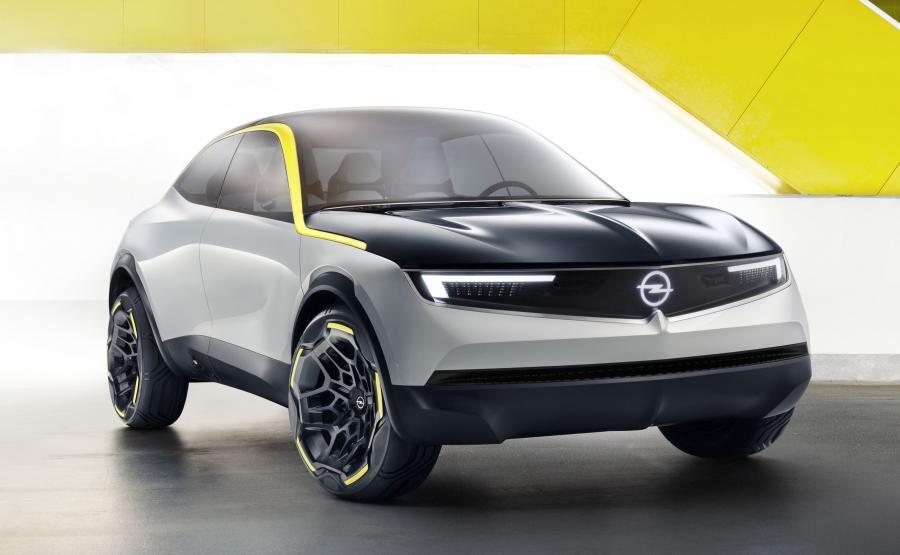 Opel GT X Experimental. Koncept jest zapowiedzią tego, co czeka nas w przyszłości i jak będą wyglądały modele Opla w połowie lat 20.