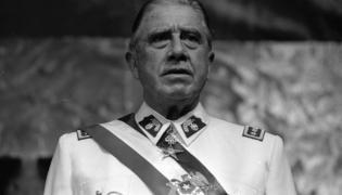 Augusto Pinochet / Biblioteca del Congreso Nacional de Chile