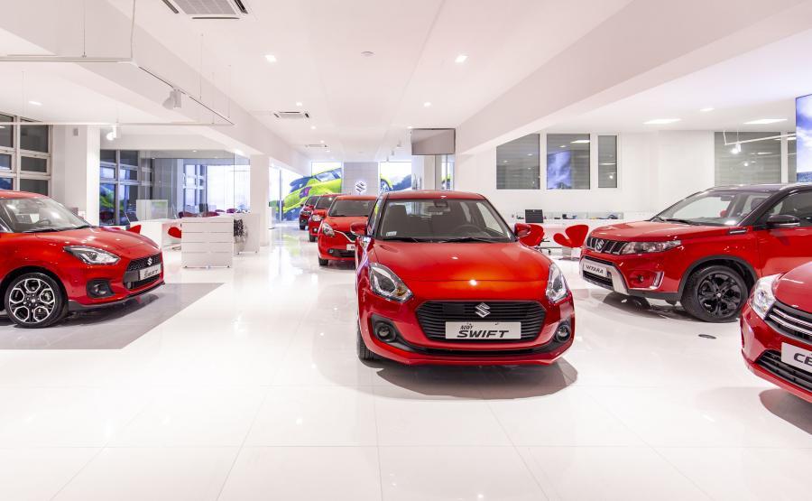 Suzuki Motor Poland wprowadza nowy standard wyglądu i wyposażenia salonów sprzedaży