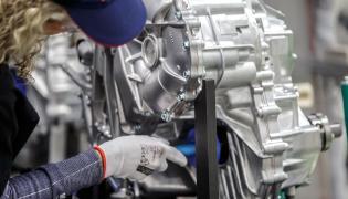 Toyota ruszyła z produkcją przekładni do napędu hybrydowego 4. generacji