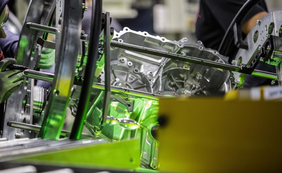 Napęd z Polski trafia do dwóch fabryk samochodów Toyoty