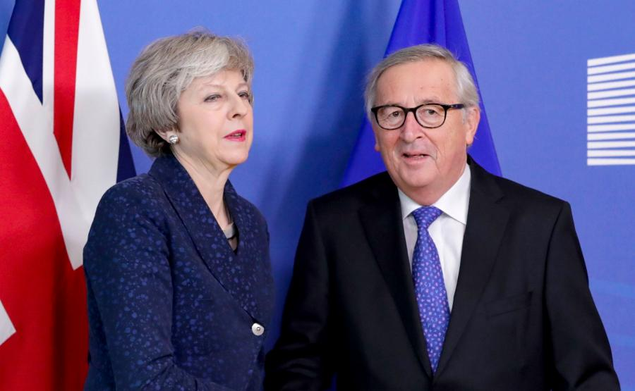 Theresa May i Jean-Claude Juncker