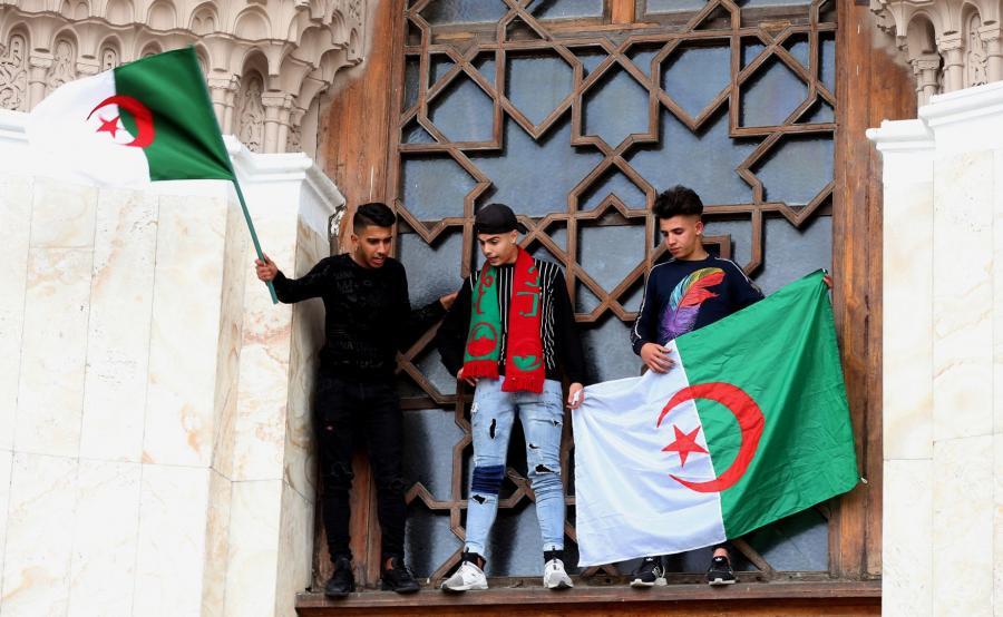 Protesty w Algierii
