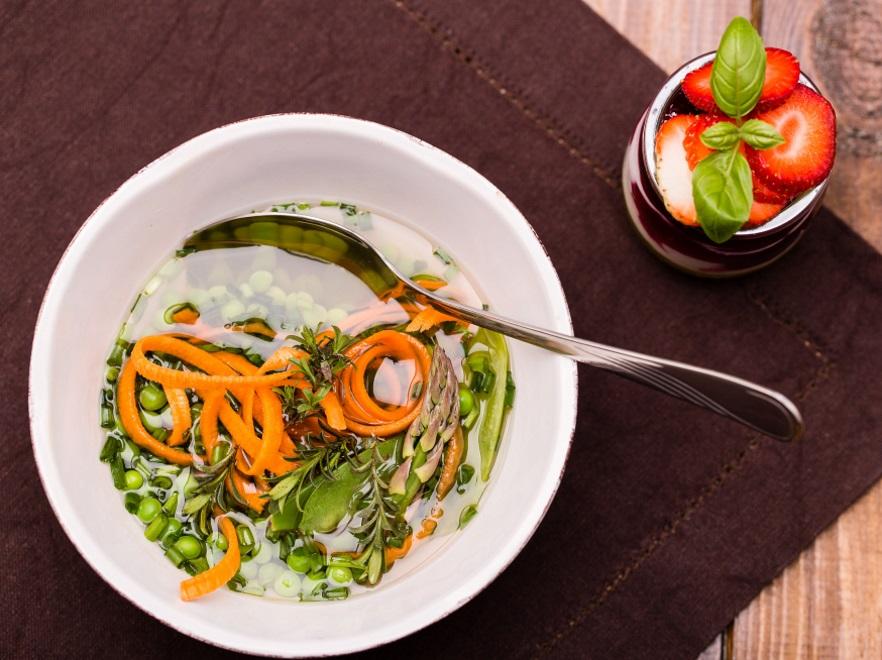 Wiosenna zupa z groszku