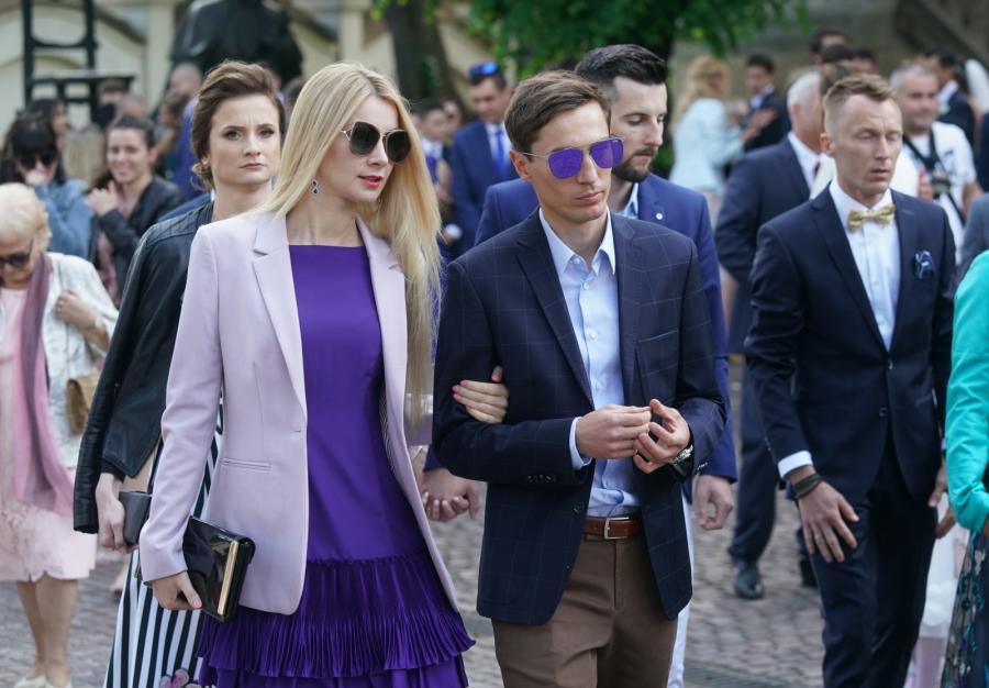 Na uroczystości ślubnej pojawił się między innymi Kamil Stoch z małżonką Ewą Bilan-Stoch