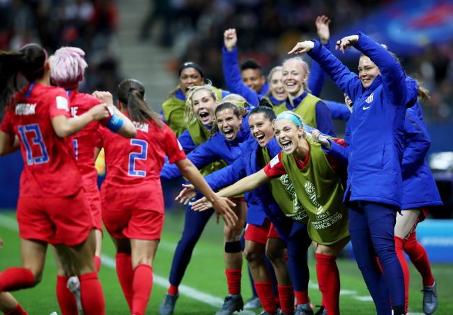 Radość piłkarek Stanów Zjednoczonych po wygranej 13:0