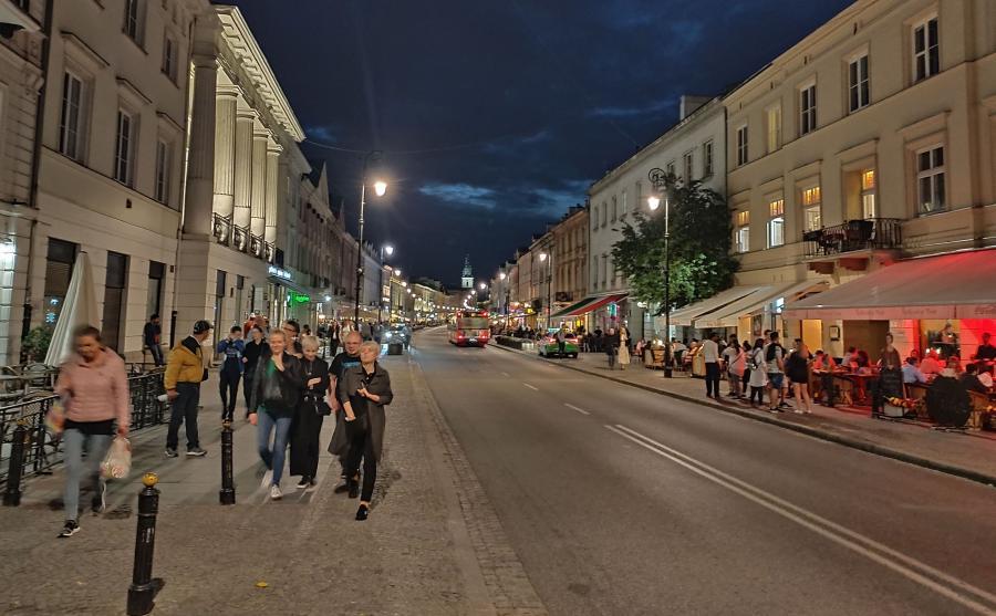 Zdjęcie zrobione telefonem Oppo Reno - tryb nocny