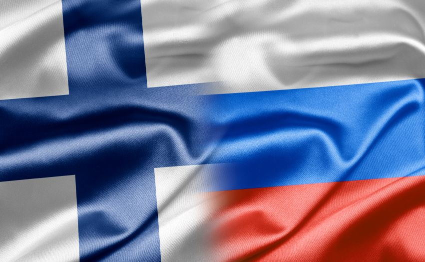 Flagi Finlandii i Rosji