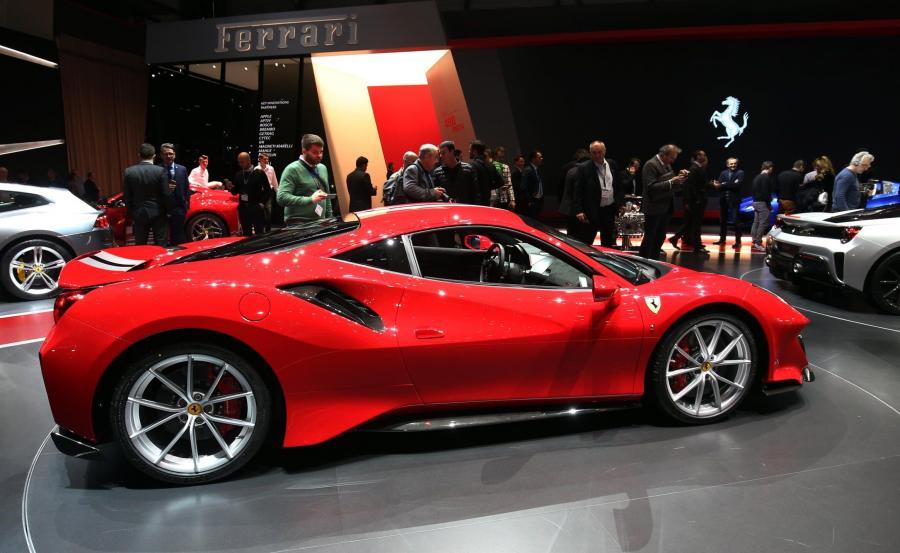 Ferrari 488 Pista. W tłumaczeniu z języka włoskiego \