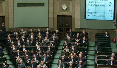 PO: Koniec z immunitetem i finansowaniem partii z budżetu
