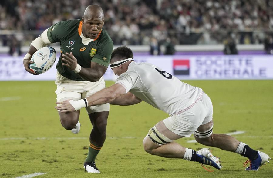 Mbongeni Mbonambi i Tom Curry