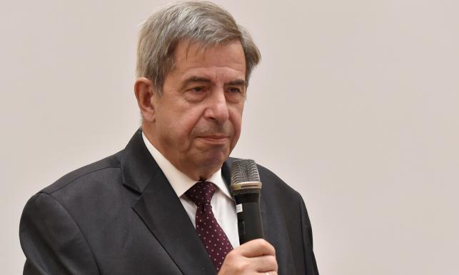 Prof. Zoll o kandydaturach Pawłowicz i Piotrowicza: To jest jakaś masakra po prostu