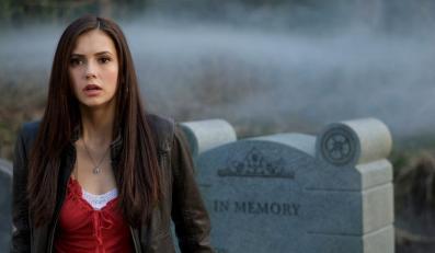 Ukochana dwóch wampirów (Nina Dobrev)