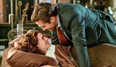 """Anne Hathaway ma słabość do """"Miłości i innych używek"""" oraz Jake'a Gyllenhaala"""