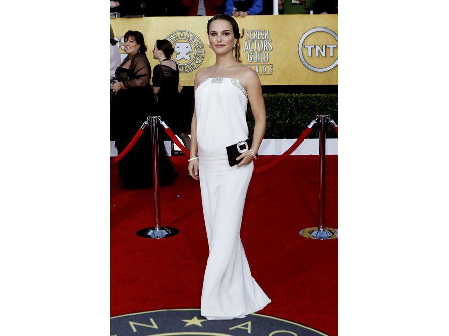 Natalie Portman to aktorka, do której należy sezon – za sprawą doskonałej kreacji aktorskiej i coraz bardziej widocznego brzuszka. Nie może pozwolić sobie na wpadkę.