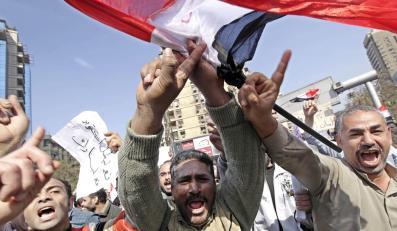 Do weekendu we wstrząsanym zamieszkami Egipcie pozostanie około 1,5 tys. polskich turystów
