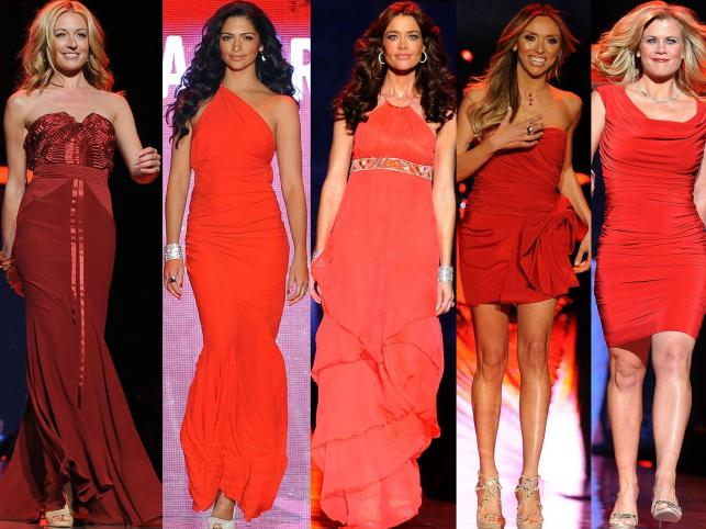 Pokaz The Heart Truth's 2011 Red Dress Collection