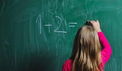 Tusk dał prawdziwą szkołę polskim dzieciom