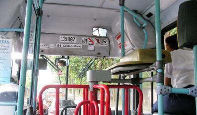 Bileterka obok kierowcy nie wpuści żadnego gapowicza