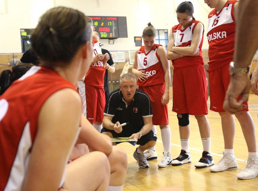 Polskie koszykarki zaczynają ME z kłopotami