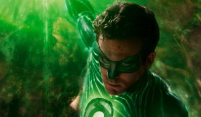 """""""Green Lantern"""" sprawdza się jako ekranizacja komiksu, ale nie radzi sobie jako dzieło odrębne"""