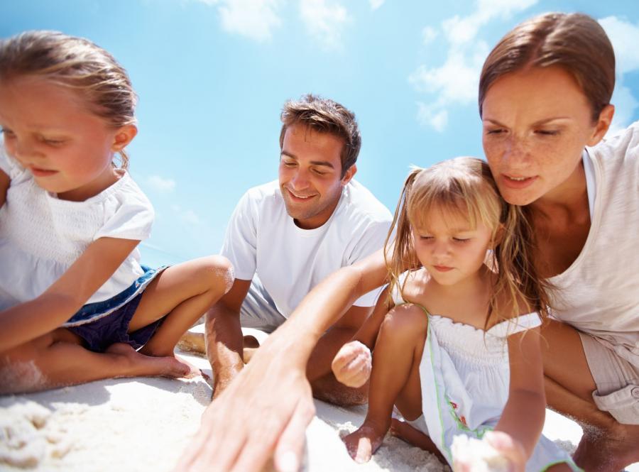 Rodzice + 2 córki to zdaniem naukowców najbezpieczniejszy układ