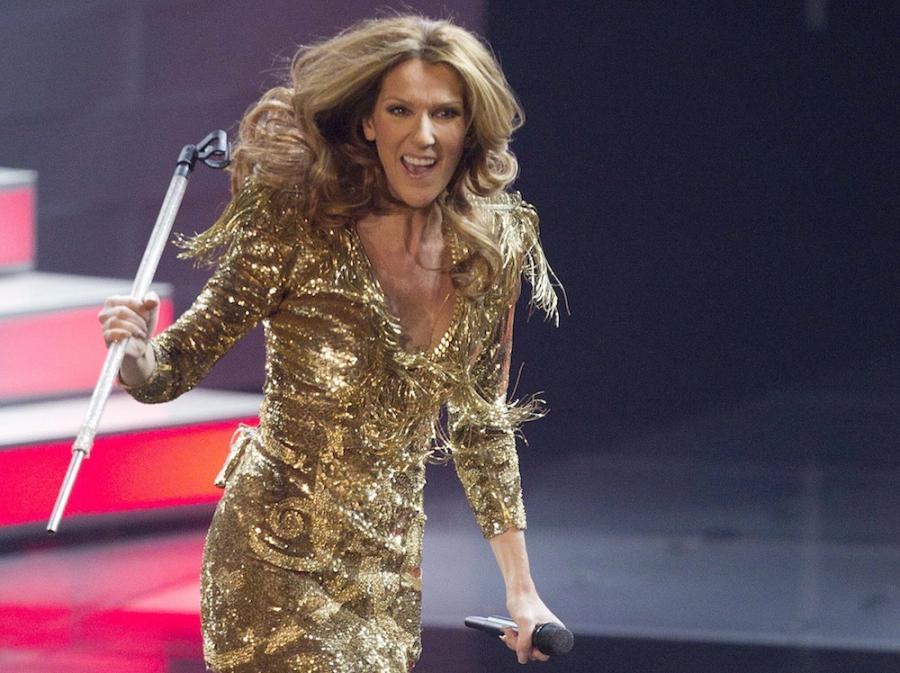 Celine Dion na scenie.