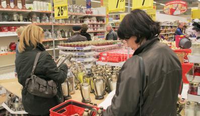 Polacy nie chcą kupować w święta