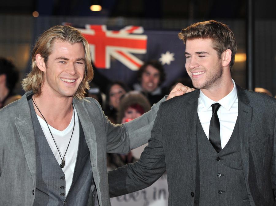 Liam Hemsworth i jego brat, również popularny aktor – Chris Hemsworth