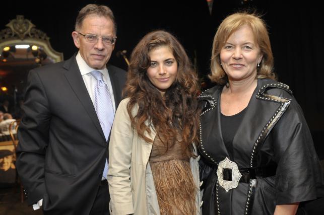 Weronika Rosati z mamą Teresą i tatą Dariuszem