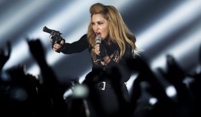 Madonna podczas koncertu w Kolonii