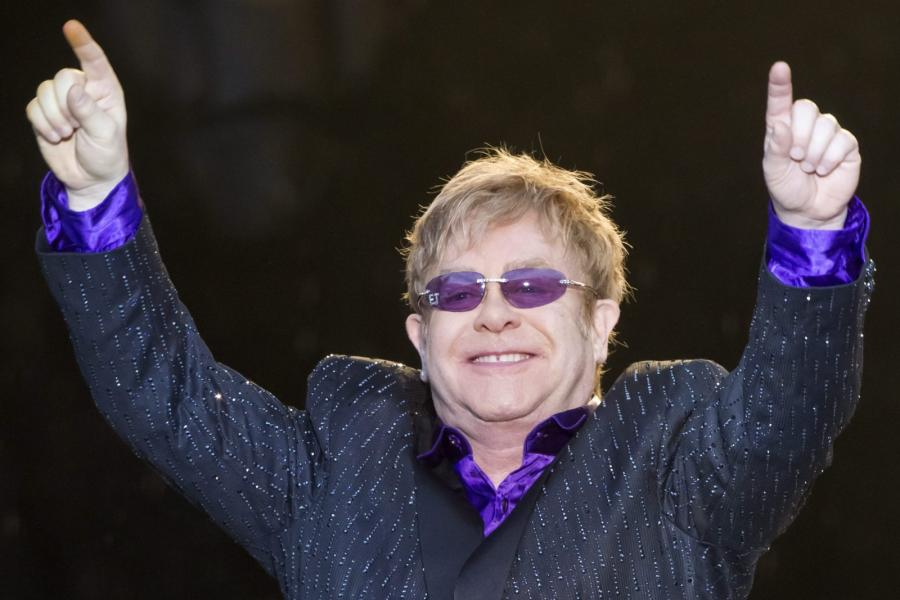 Elton John przećpał pół życia