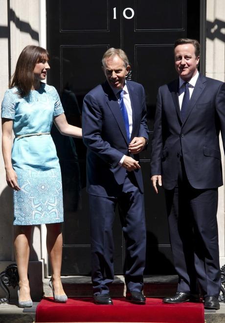 Samantha i David Cemeron oraz Tony Blair