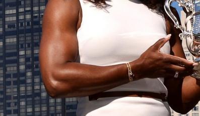 Umięśnione ręce Sereny Williams