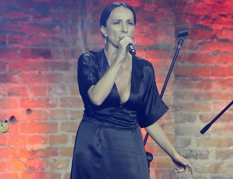 Renata Przemyk teraz akustycznie