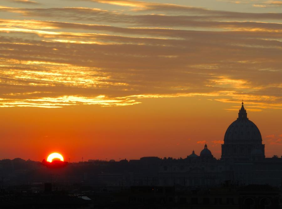 Zachód słońca nad Rzymem