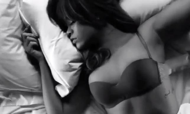 Rihanna - Armani Jeans
